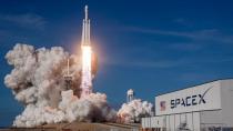 SpaceX'in mekiği Uzay yolculuğuna başladı.