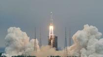Çin Roketi Düştü Dünya Rahat Nefes Aldı